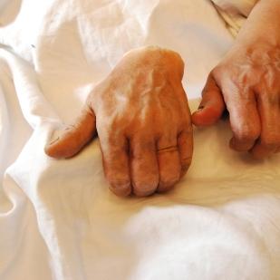 prothèse de main, réalisée pour une scène de coupage de main.