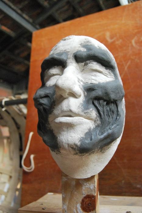 modelage plastiline, sur tirage en plâtre de l'acteur