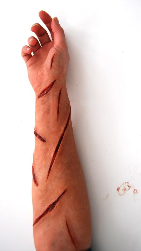 prothèses silicone maquillées